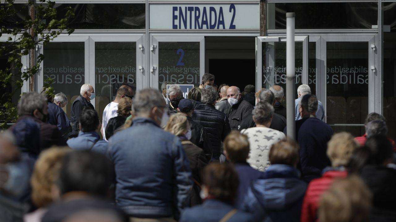 Segundo día de vacunación masiva en A Coruña