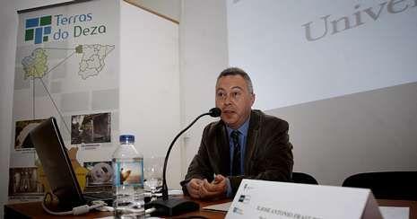 Fraiz, durante su intervención en las jornadas para Pymes sobre turismo rural en Lalín, el pasado año