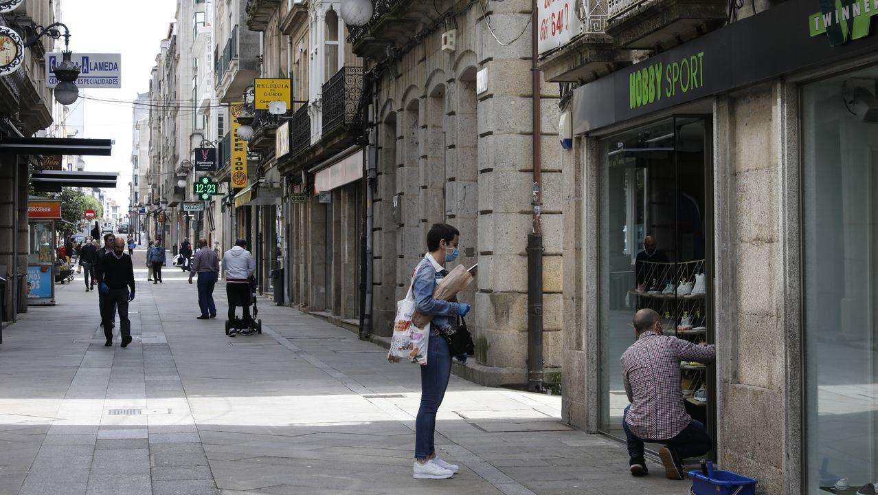 Imagen del comercio local en O Carballiño durante la fase 0 de la desescalada
