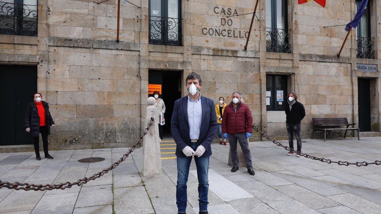 Aplausos en Celanova por la anciana fallecida por cornavirus, contagiada en la residencia San Carlos, donde hay otros 25 infectados
