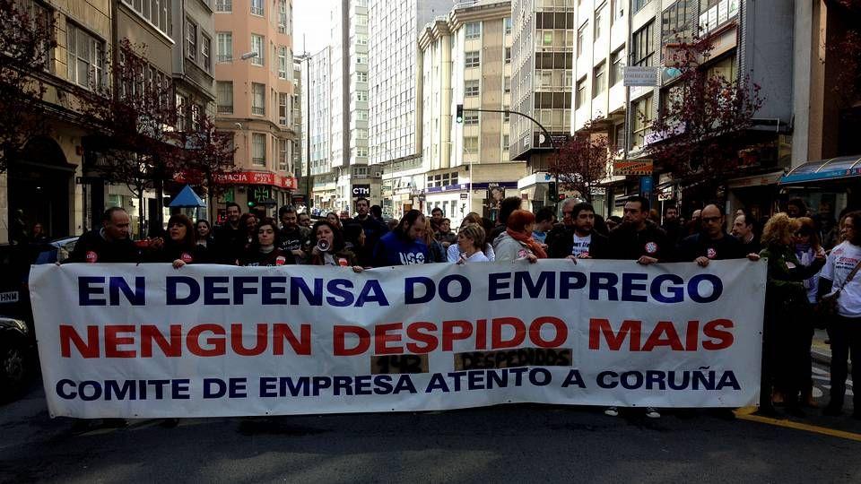 Protesta de los trabajadores de Atento contra los despidos.