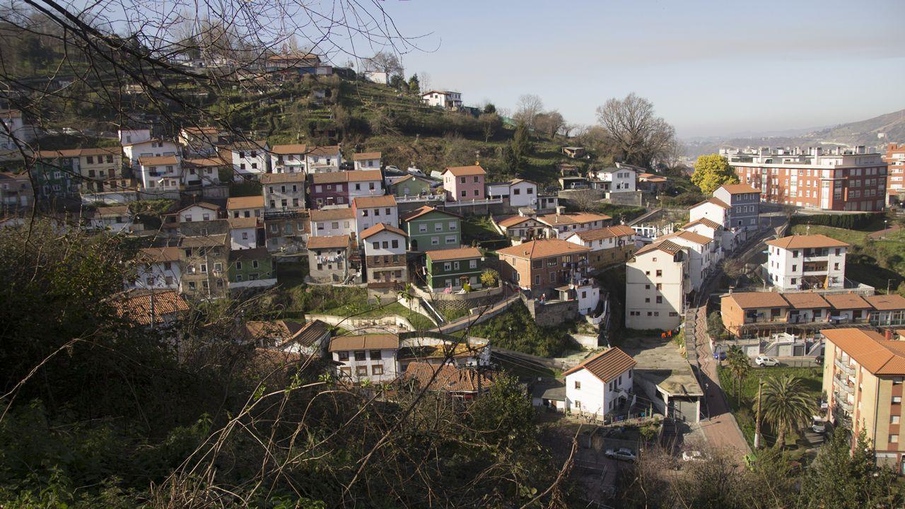Vistas desde el monte Caramelo al barrio bilbaíno de Masustegi, también conocido como «el barrio de los gallegos»