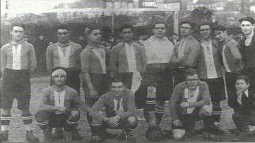 La Sociedad de Cultura Física del Lemos Club, en 1924, año de fundación del equipo