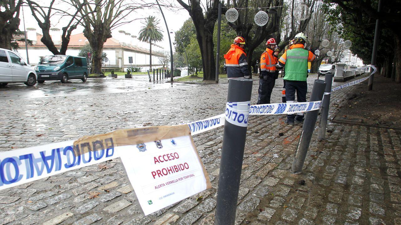 En Ferrol Protección Civil acordonó el Cantón por el temporal
