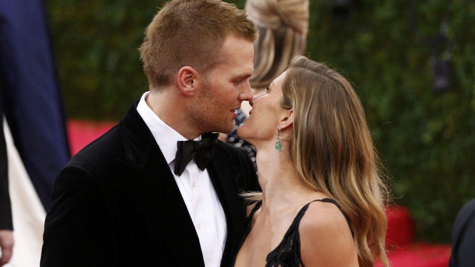 Gisele Bundchen y su marido Tom Brady. Con el ídolo del fútbol americano tiene dos hijos pequeños, Benjamin y Vivian.