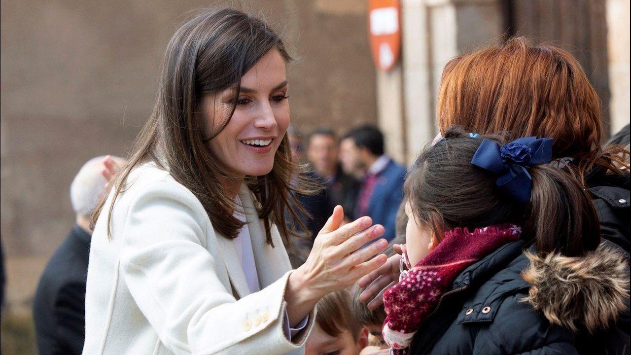 En su visita a Lerma, Letizia Ortiz recuperó un abrigo del 2005
