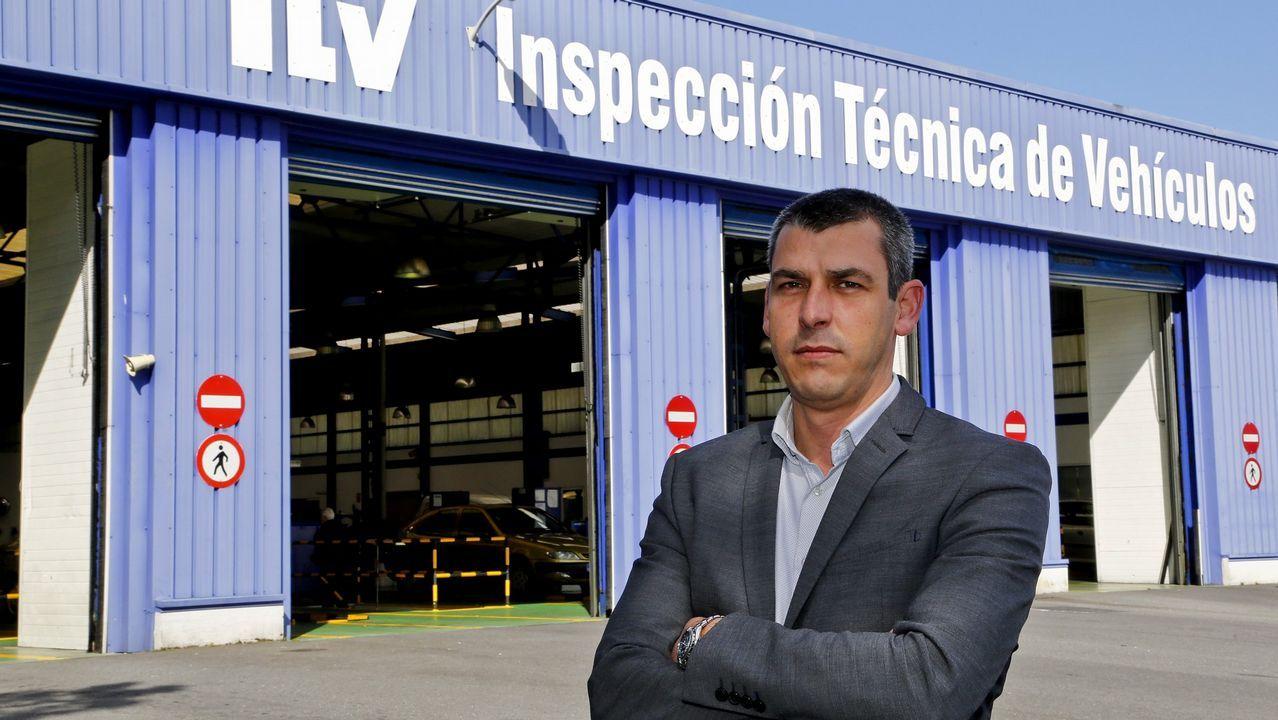 El teniente Nogueiras explica las medidas de seguridad del transporte