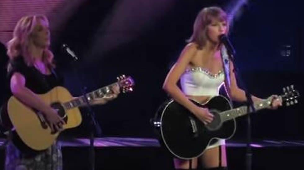 Taylor Swift y Nicki Minaj en los premios MTV