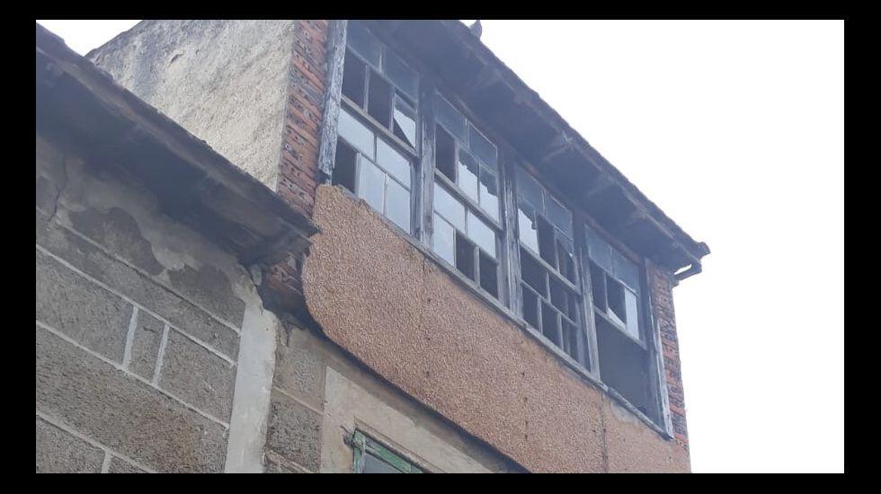 Edificio en ruinas en el casco viejo de Verín