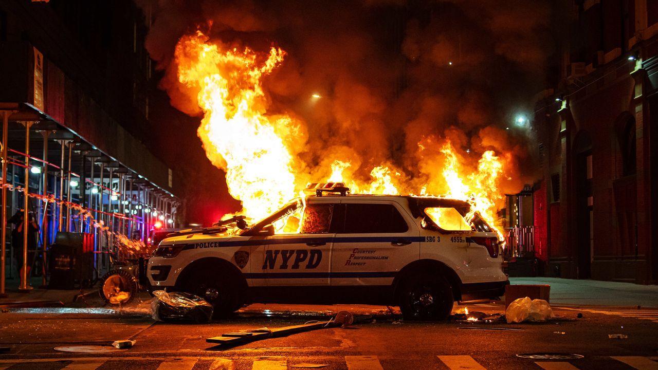 Los disturbios raciales de Mineápolis se extienden a otras ciudades de EE.UU.. Manhattan vivió este martes una nueva concentración en protesta contra el racismo