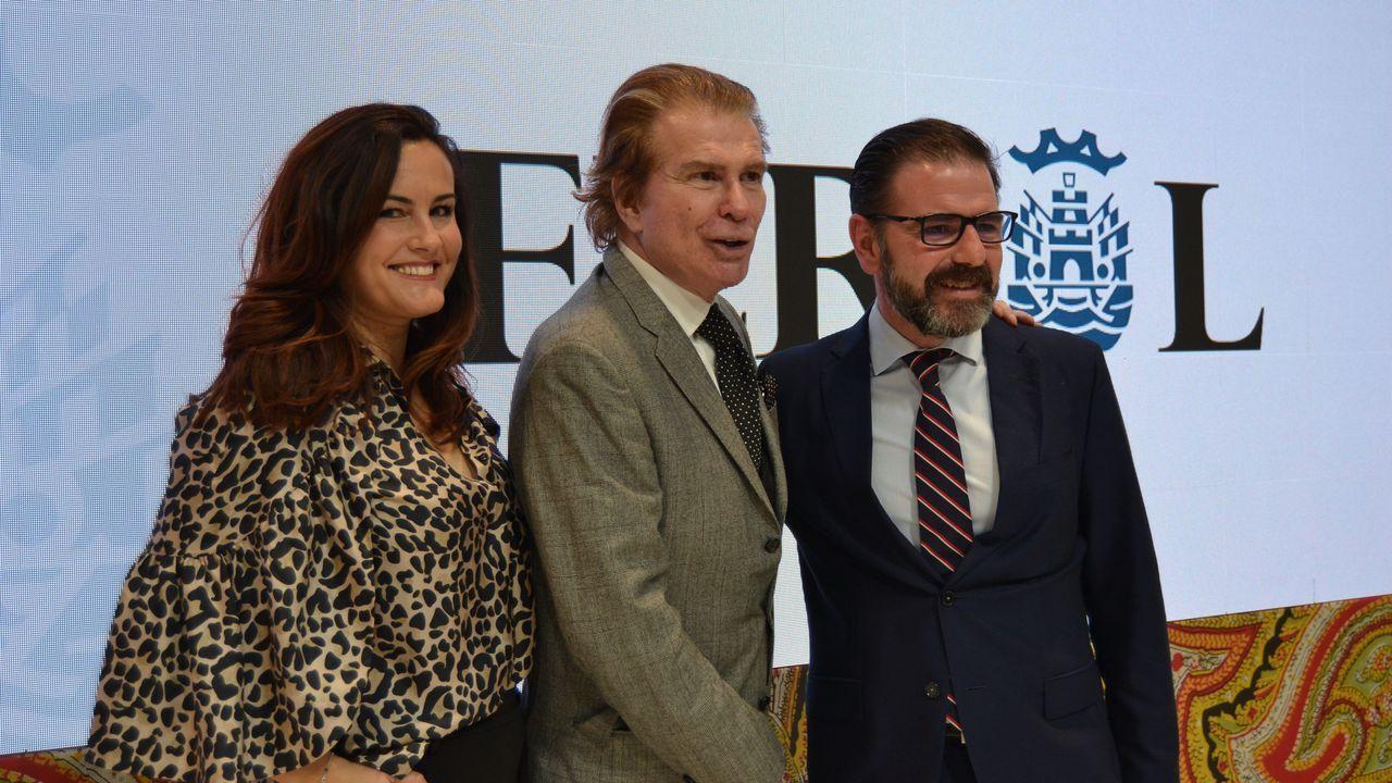 A la izquierda Rocío Carrasco y a la derecha su hija, Rocío Flores
