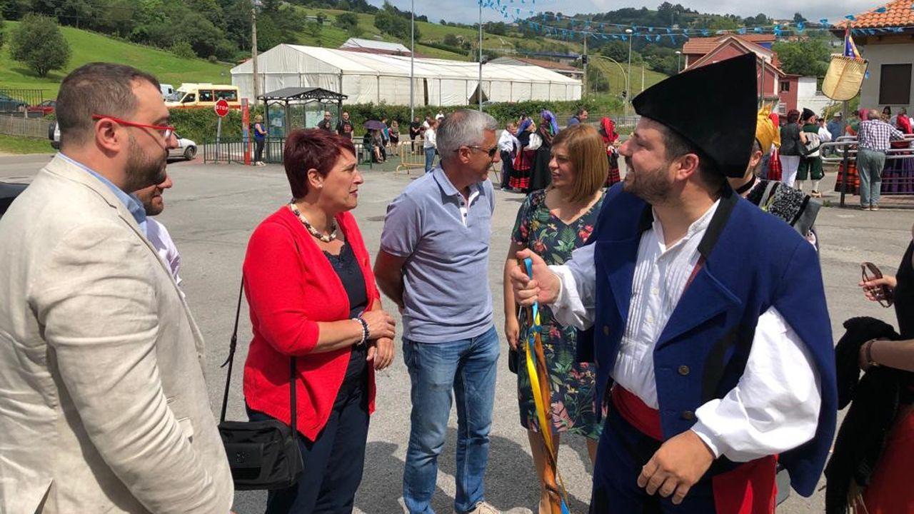Barbón se proclama nuevo presidente de Asturias.Adrián Barbón, en la la Fiesta de la Oficialidá organizada en Bimenes