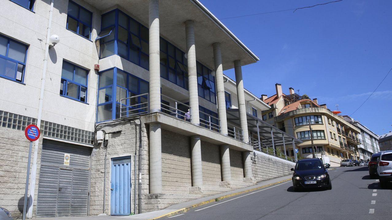 El Estado es ya el propietario del pazo de Meirás tras 82 años en posesión de la familia Franco.Imagen de archivo del alcalde de Sada, Benito Portela, durante una reunión digital