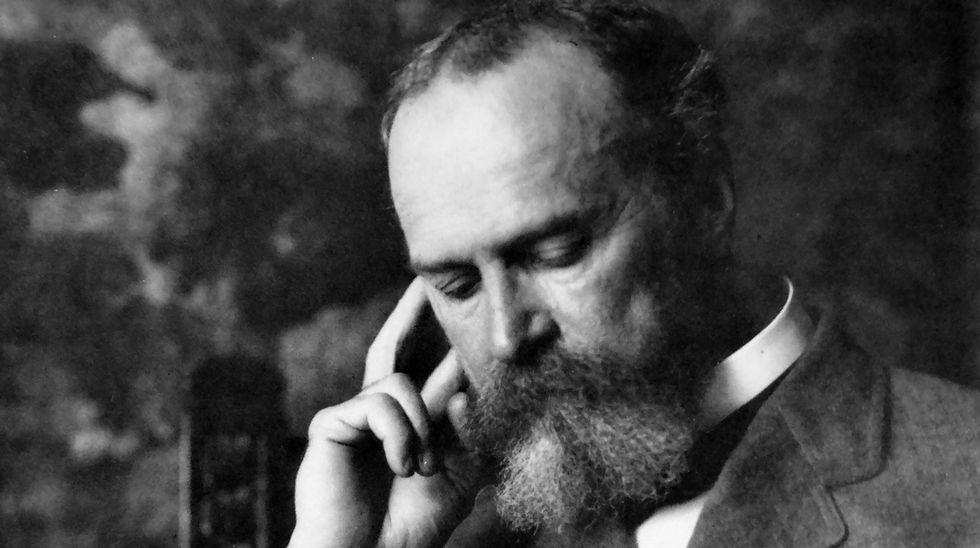 Pasión por El Bosco.Juan Arnau articula buena parte de su ensayo en torno a los pensadores William James (en la foto), Henri Bergson y Alfred North Whitehead