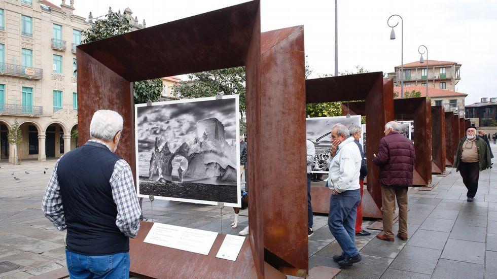 Las restricciones por la pandemia impidieron celebrar la procesión de Fátima.Arriba, las cataratas Victoria el pasado 17 de enero. En la imagen inferior, el 4 de diciembre