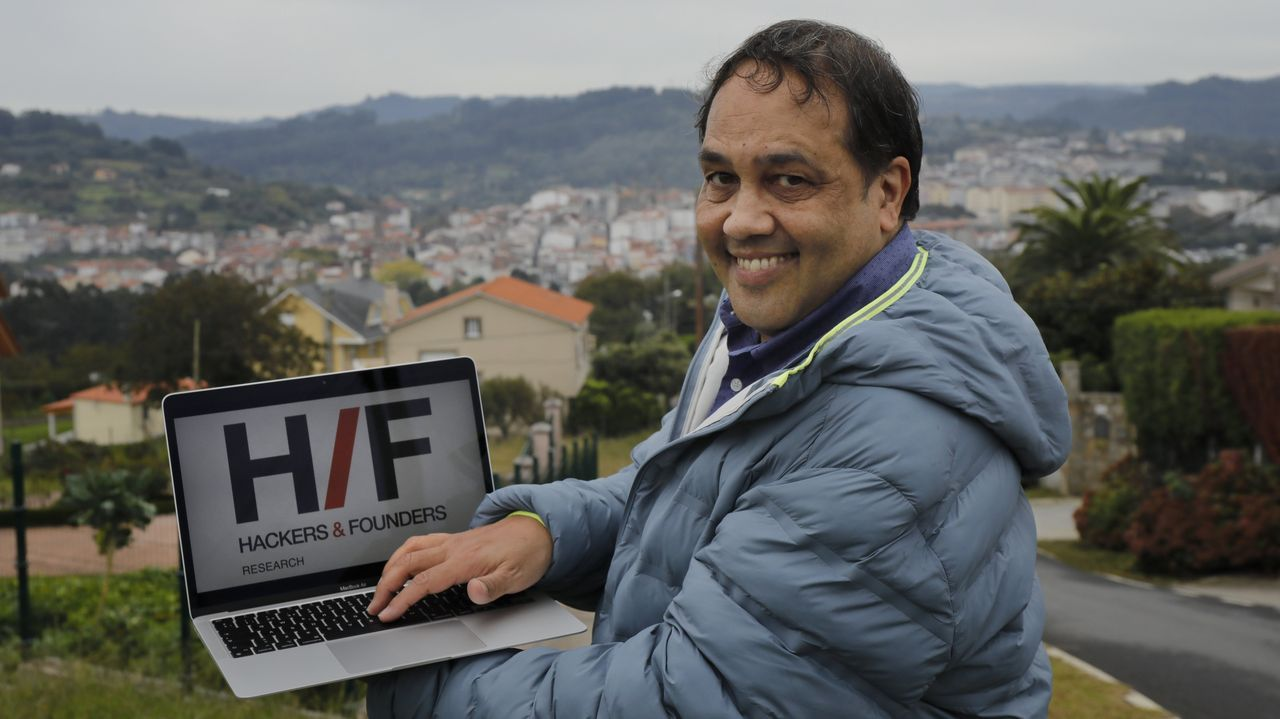 Seis de los ocho alumnos extranjeros con excelencia académica que cursarán sus estudios de máster en Ourense