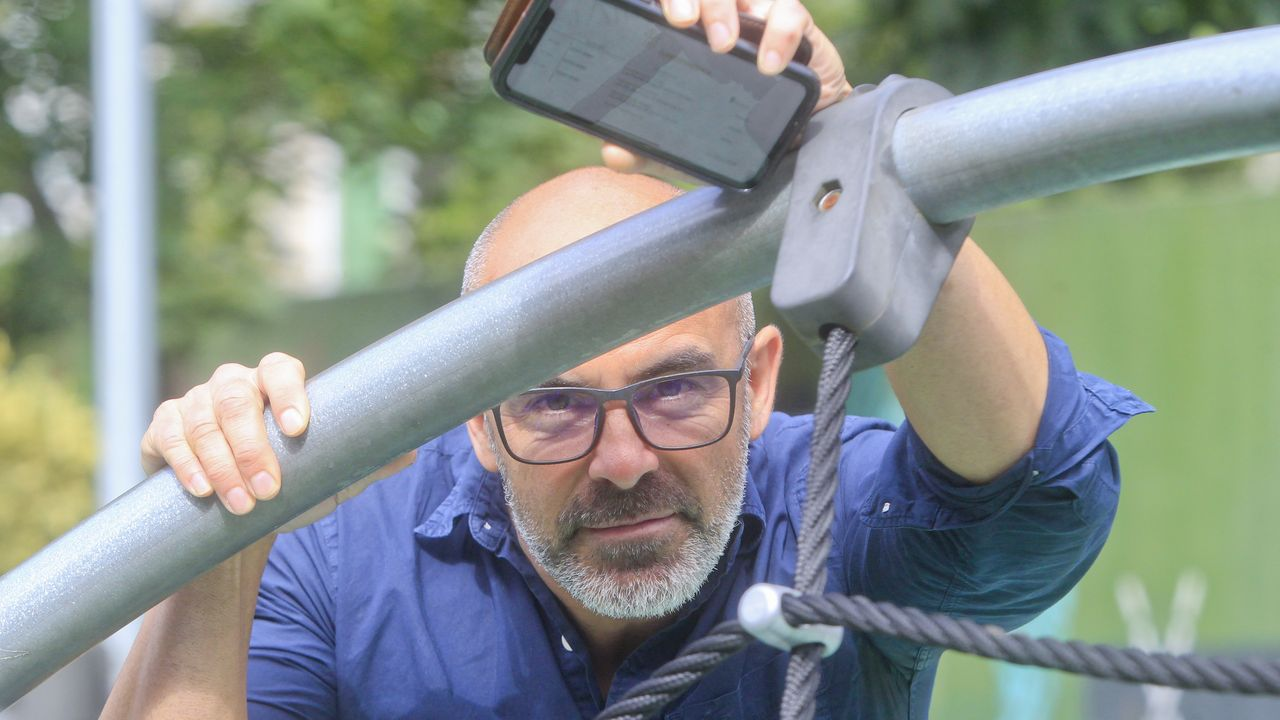 JUL DIAZ OTERO   ingeniero que crea una aplicación para que no lleguen cartas físicas y solo notificaciones a un buzón virtual que ya tiene el Juan de Lángara