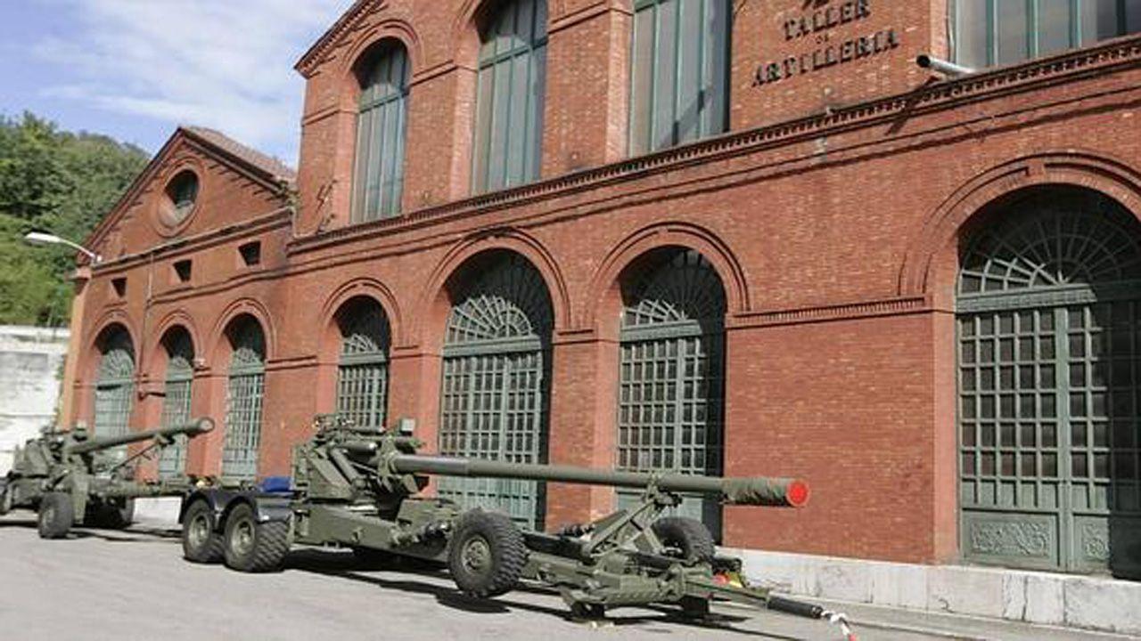 Taller de la fábrica de armas de Trubia, que comenzará a producir los nuevos vehículos 8x8 para Defensa