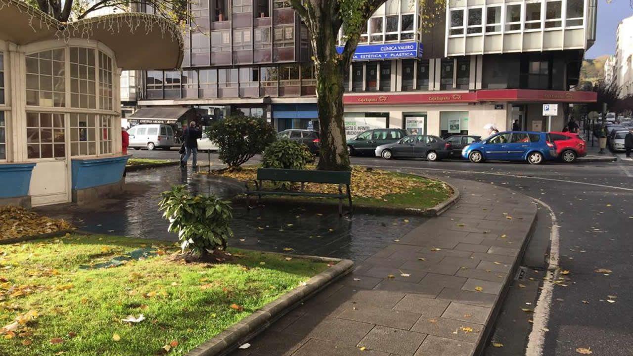 Plaza de Ourense sin taxis en A Coruña.
