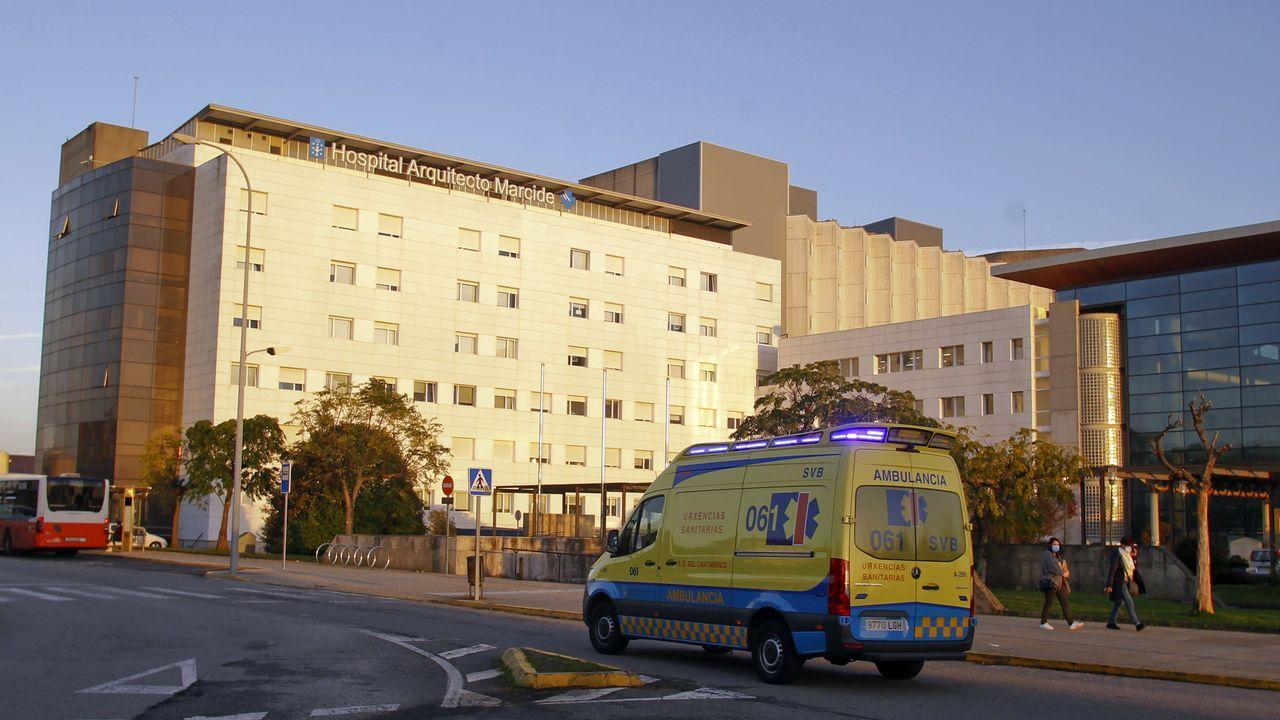 Vista del acceso al complejo hospitalario de Ferrol