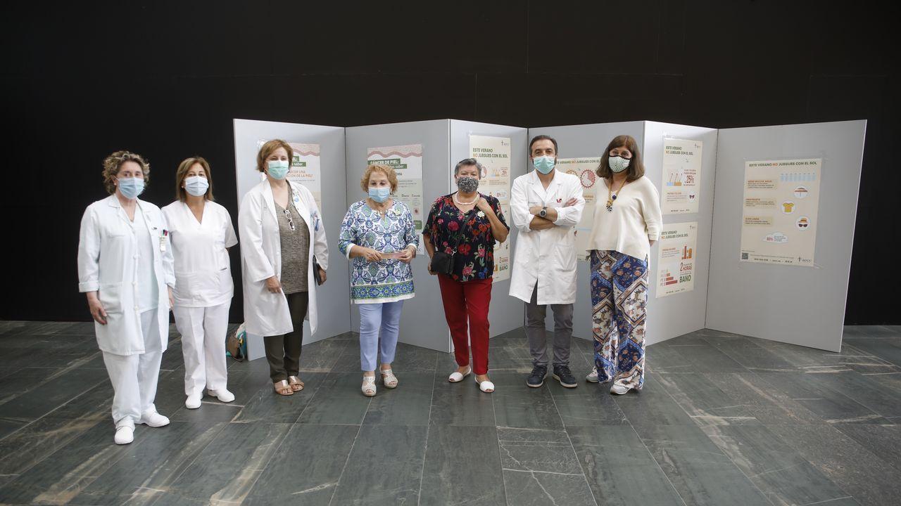 Este jueves se inauguró en la entrada del HULA la exposición 'Este verano no juegues con el sol'
