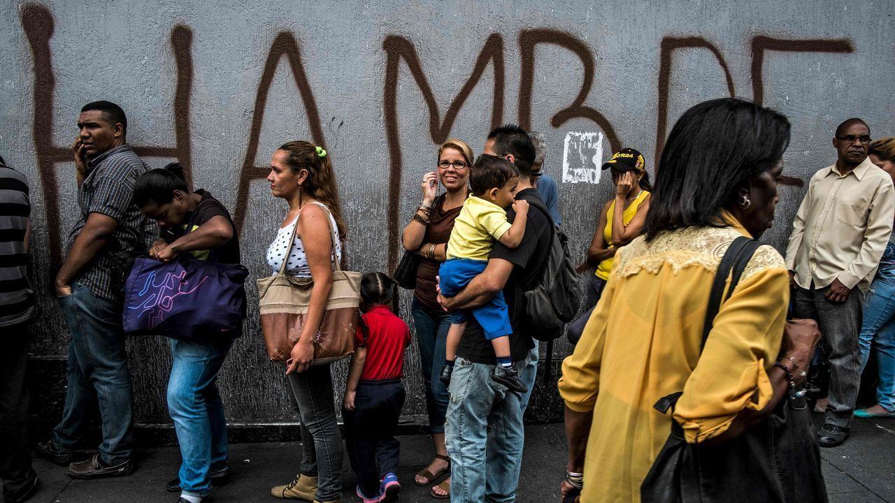 La llegada de ayuda humanitaria pone a prueba a los militares venezolanos.Captura de la grabación en directo de la rueda de prensa de Nicolás Maduro en el palacio de Miraflores