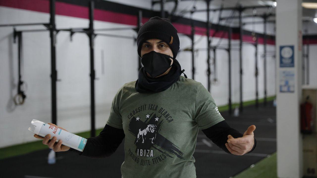 Erick Castiñeira es el responsable del gimnasio Crossfit Arteixo
