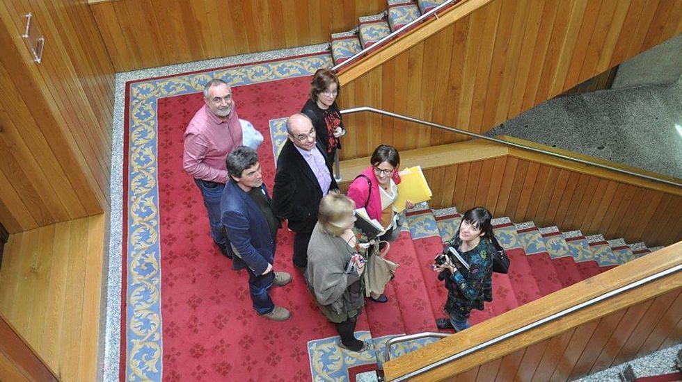 Los diputados del BNG, tras abandonar la sesión parlamentaria que se celebraba en la cámara de O Hórreo.