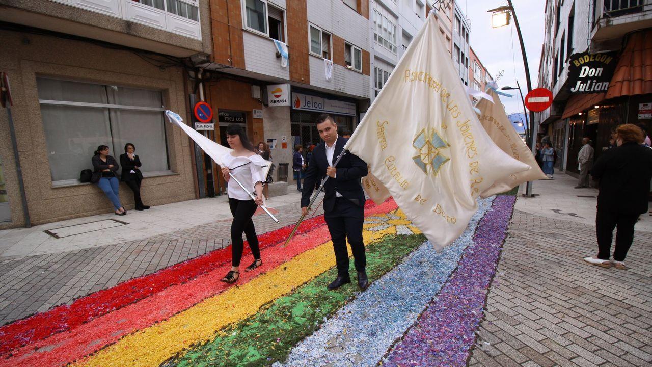 ¡Mira aquí las alfombras florales de Boiro, Ribeira y A Pobra!