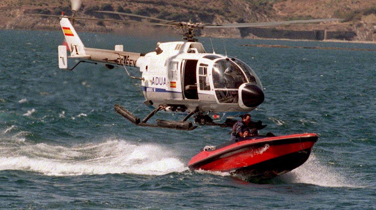 El robo de toneladas de hachís entre narcos armados deriva en una guerra con el Estado.Segundo dique levantado en el río Guadarranque para frenar el flujo de lanchas