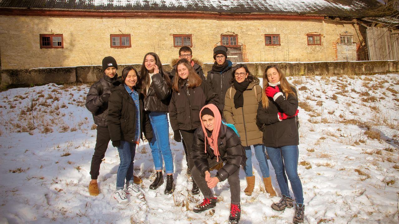 ambulancia, coronavirus, Asturias, Principado, HUCA.Foto de archivo de alumnos del IES Sanxillao en Italia