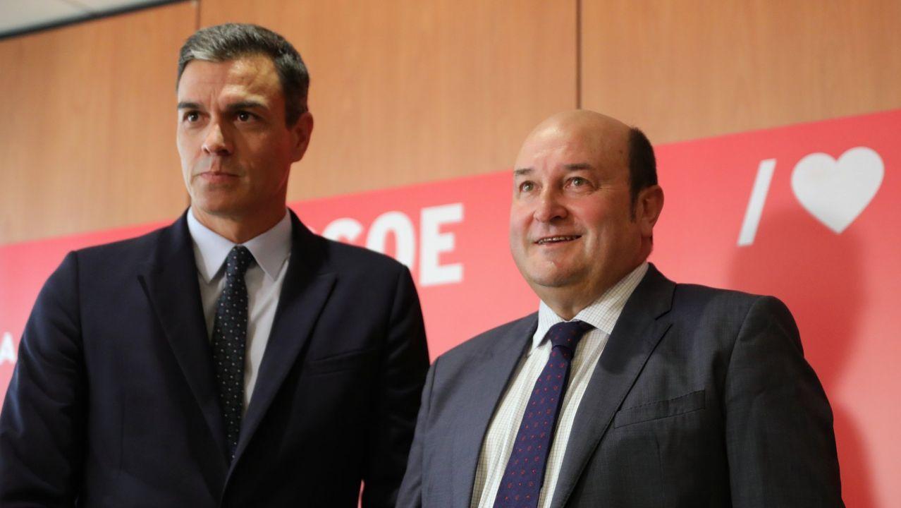 Todas las imágenes de la comparecencia de Pedro Sánchez y Pablo Iglesias.Gonzalo Caballero, secretario xeral del PSdeG