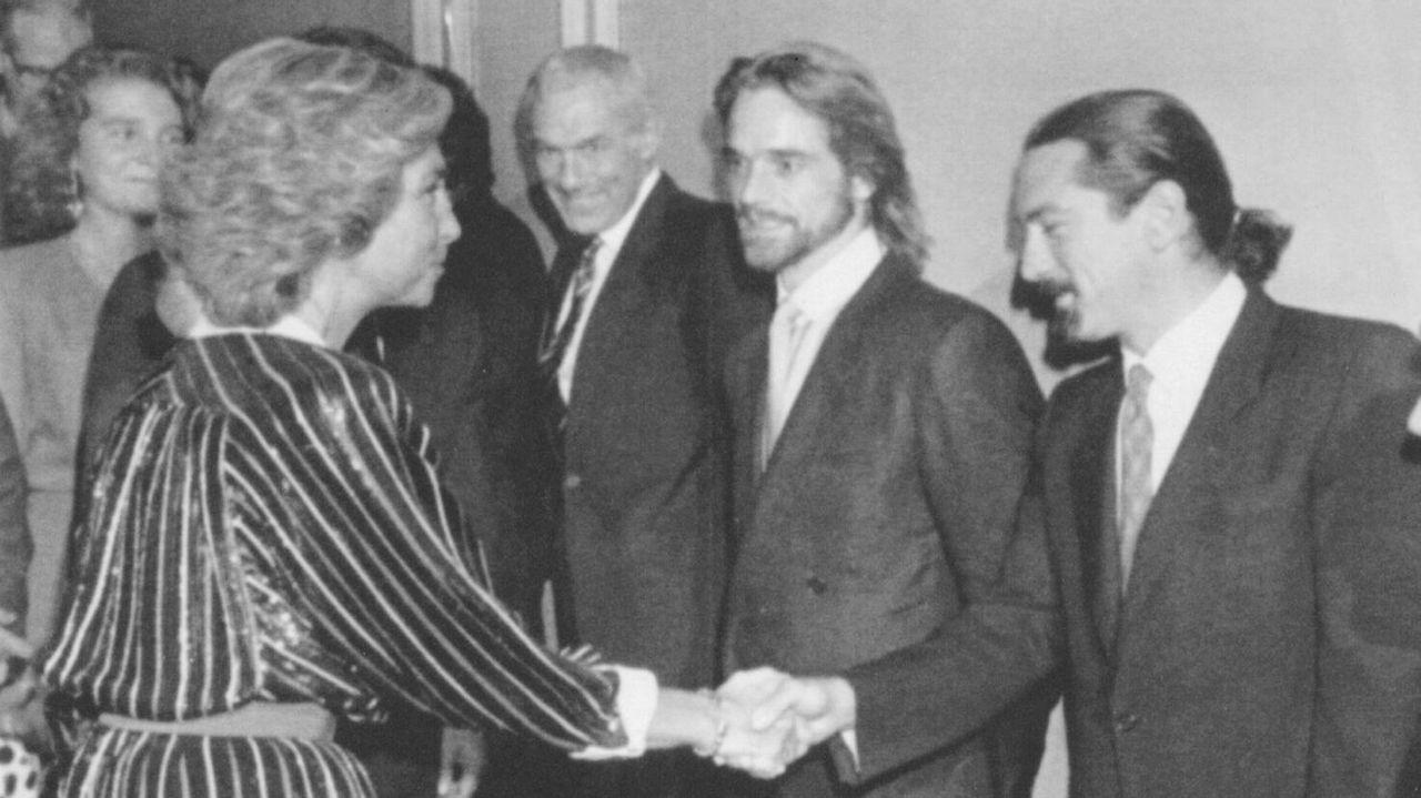Con Robert De Niro y Jeremy Irons en el estreno de «La Misión» en 1986