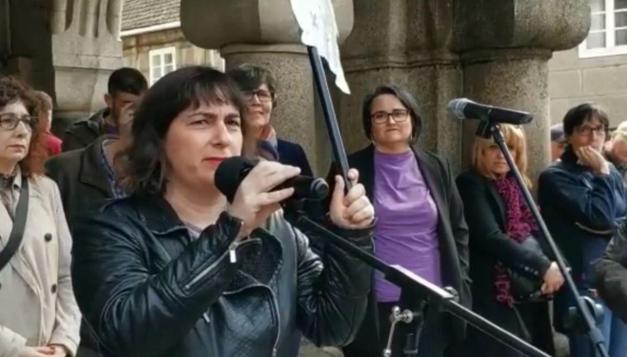 La red de trata de blancas desarticulada creó una red de pisos por todo Santiago.Paola Córdoba y su hija Milagros, cuando fueron detenidas