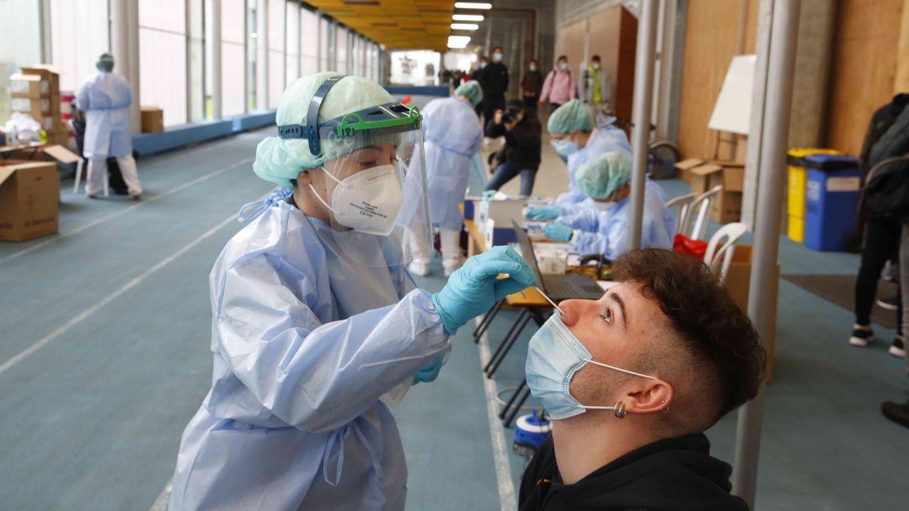Cribado test de antigenos estudiantes de la Universidad de Vigo.Cribado con test de antígenos a 3.300 estudiantes del campus de Pontevedra en la Facultade de Ciencias da Educación e do Deporte