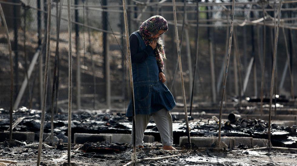 Un incendio en Lesbos arrasa el 60% del campo de refugiados de la isla griega.El líder de Nueva Democracia, Kyriakos Mitsotakis, en las elecciones municipales del domingo