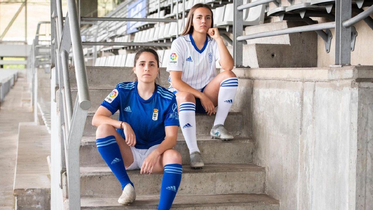 Las jugadoras del Real Oviedo Femenino, durante la presentación de las equipacionesa