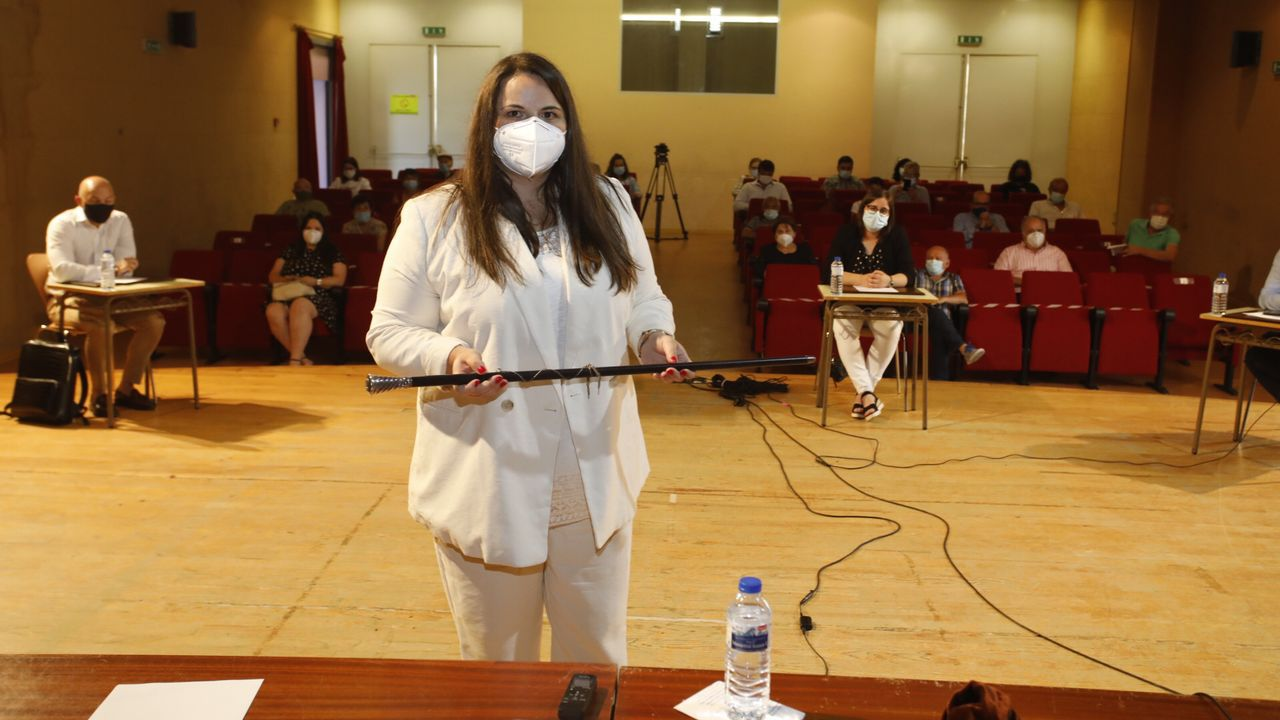 Rocio Seijas, momentos después de prometer el cargo como alcaldesa de Monterroso