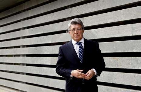 Bioluminiscencia de Ángel León.Cerezo Torres es presidente del Altético Madrid y productor cinematográfico.