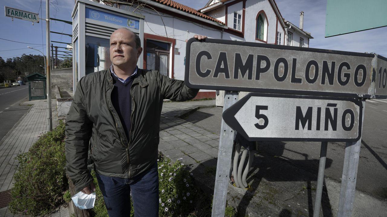 Carlos Vázquez Quintián es el alcalde de Vilarmaior (PP) desde el año 2003. El Concello tiene 1.200 habitantes y una extensión de 31 kilómetros cuadrados.