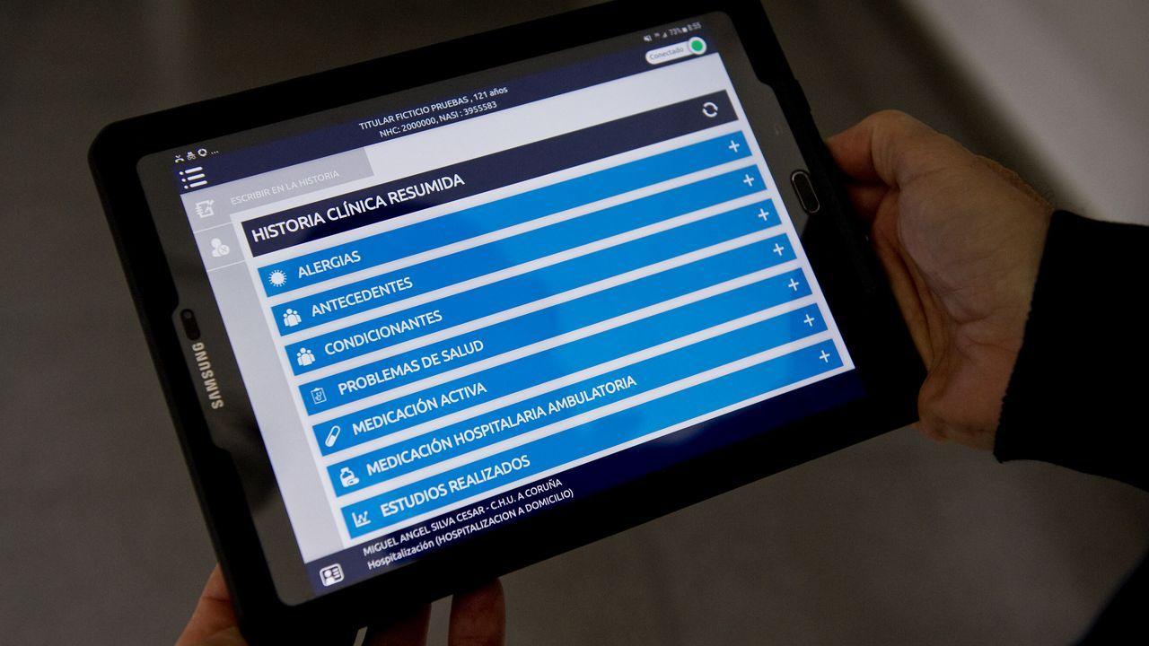 Las tabletas con acceso a todo tipo de información y recursos en línea son una de las herramientas que facilitan el trabajo en los domicilios