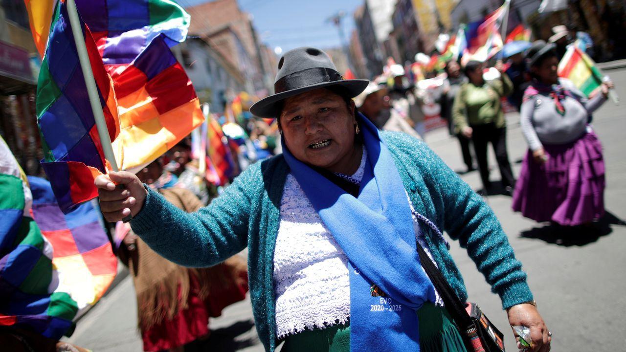 Una seguidora de Evo Morales, durante una marcha en La Paz en apoyo del presidente boliviano