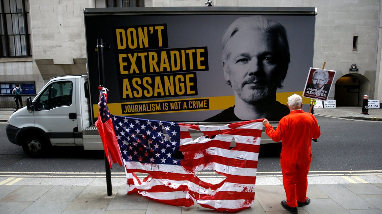 Protesta en Londres contra el encarcelamiento de Assange