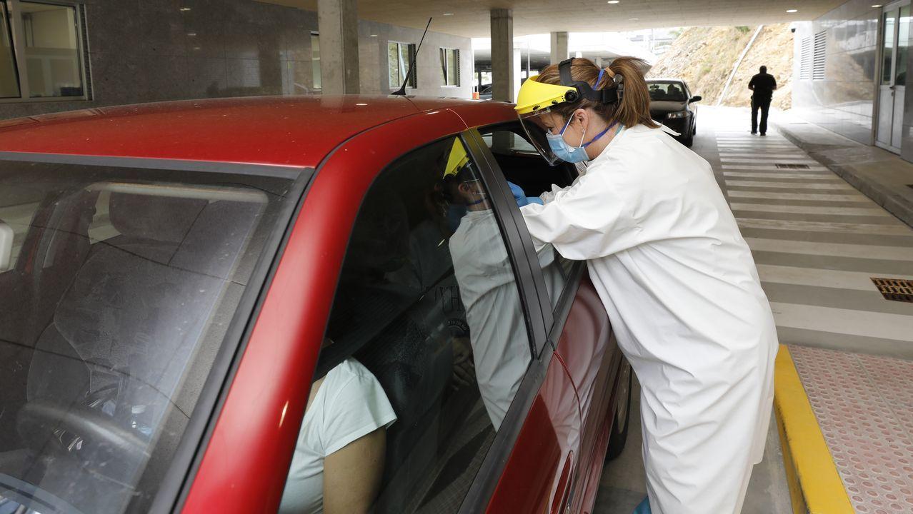A diario continúan realizándose PCR en el Hospital da Mariña, en la imagen de archivo