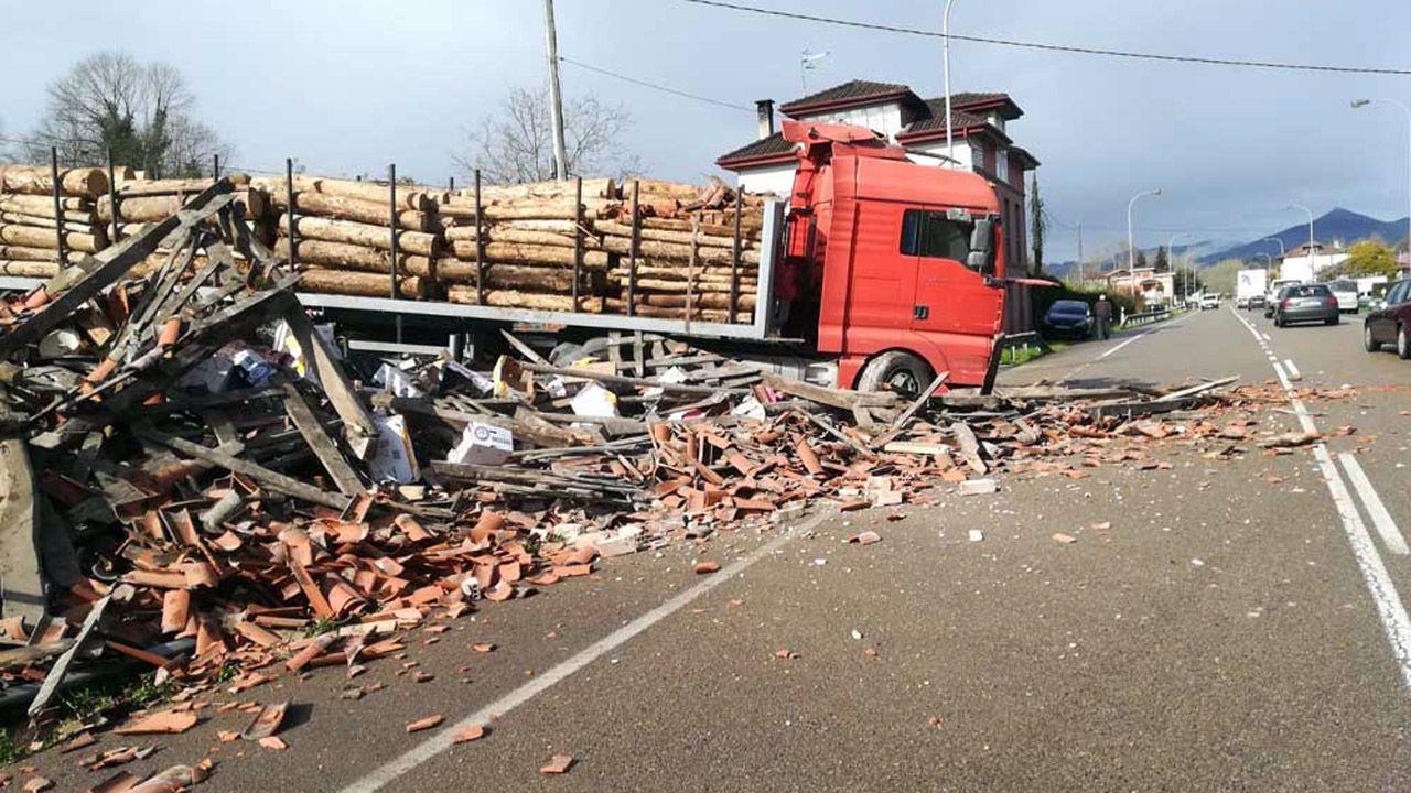 Manifestantes de Alcoa en Madrid.Un transportista fallece al tratar de parar un camión sin frenos
