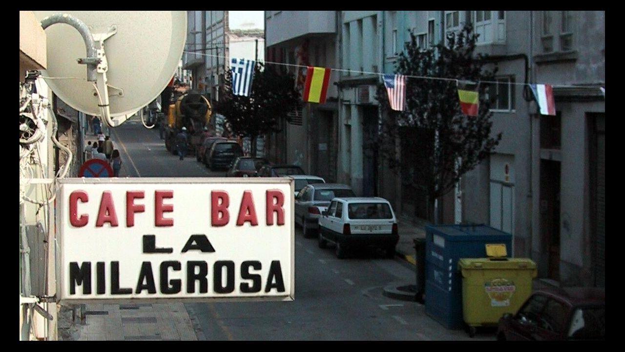 Cartel del Bar La Milagrosa, traspasado en el 2002