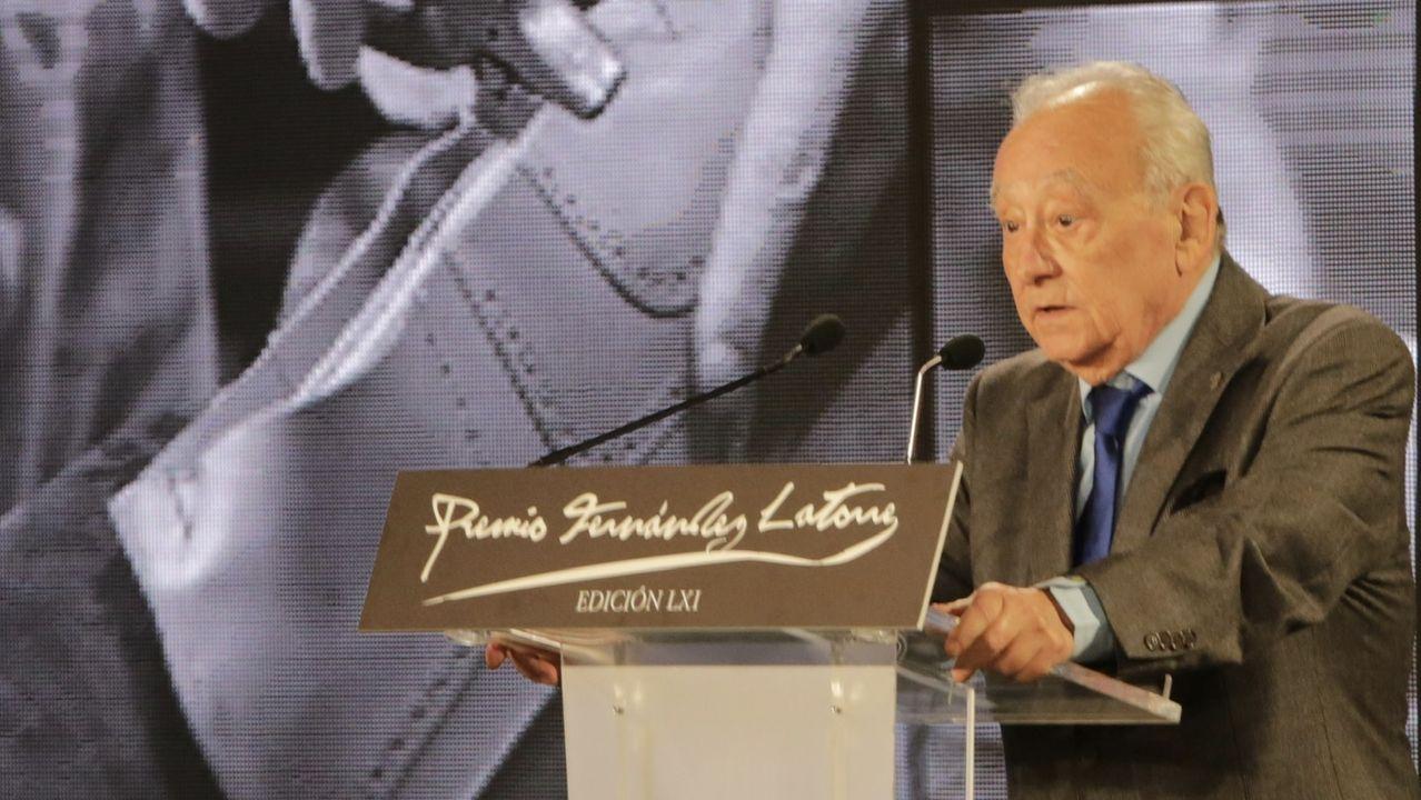 El presidente del patronato del Museo do Pobo Galego, Justo Beramendi, durante su discurso