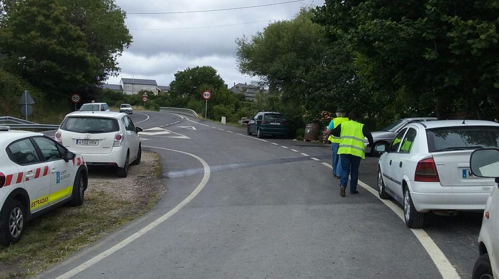 Los vecinos de Seixalbo soportan de madrugada las obras del AVE.Las obras tienen un plazo de ejecución de tres meses