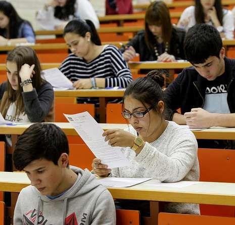 Los alumnos gallegos finalizaron ayer la selectividad.