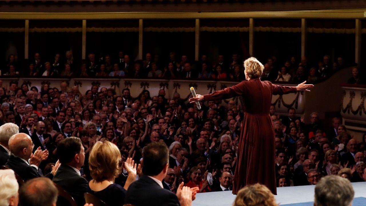 Entrega de los Premios Princesa de Asturias.La novelista y ensayista estadounidense Siri Hustvedt tras recibir el premio Princesa de Asturias de las letras 2019, durante el acto que se celebra este viernes en el Teatro Campoamor de Oviedo